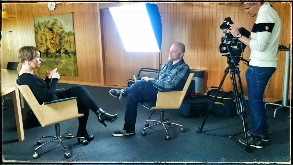 Teddy Landén intervjuar kommunstyrelsens ordförande, Katrin Stjernfeldt Jammeh.