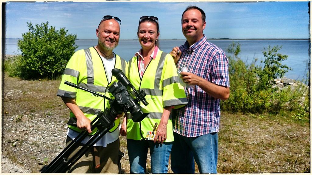 Tre gamla TV4-kollegor träffades på ön: Constrictor Visions producent Teddy Landén, Øresundsbrons presschef Sanna Holmqvist och TT:s utsände Erland Vinberg.
