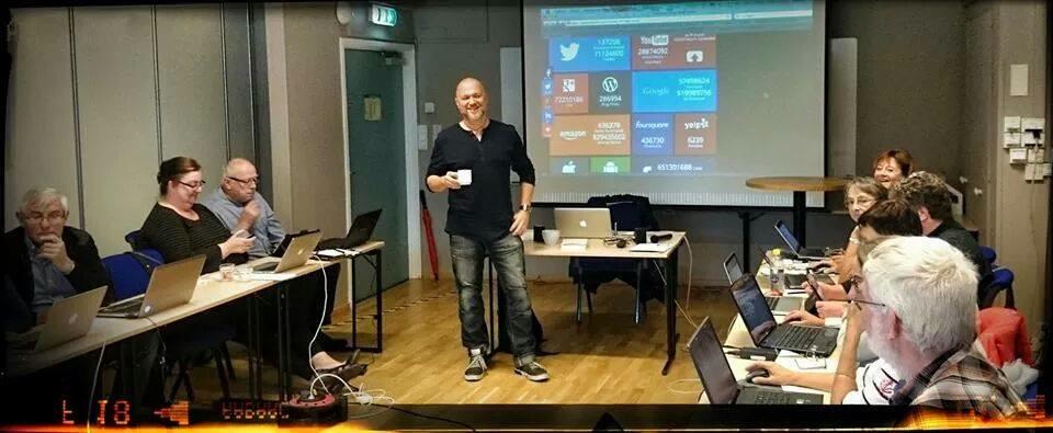Teddy landén leder HSO-kurs i sociala medier