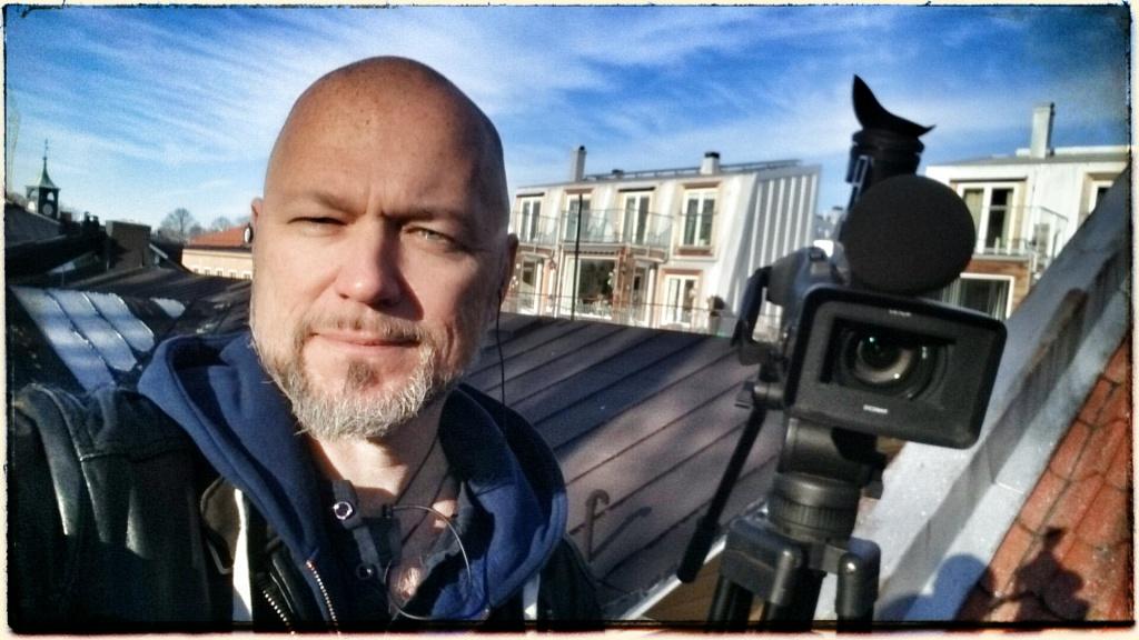 SIG-filmning på ett hustak i Norrtälje