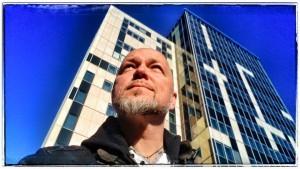 Landén inför uppdrag på Elite Hotel Ideon.