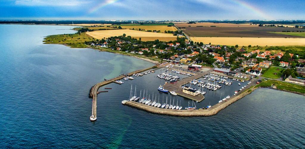 Porten från Öresunds vatten är Barsebäckshamn.